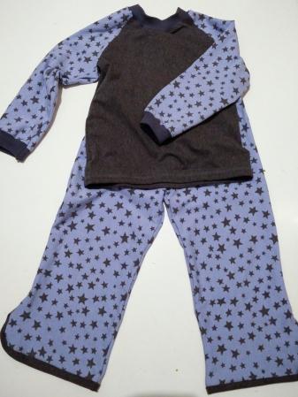 pyjama-1-von-1